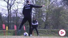 El Eintracht vuelve a los entrenamientos con restricciones: distancia de seguridad y sin coincidir en los vestuarios.