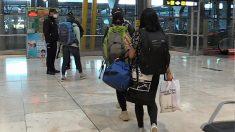Llegan a Madrid 250 turistas españoles desde India. Foto: EFE