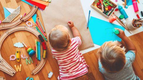 Las mejores manualidades que podemos hacer en casa con niños de entre 0 y 3 años
