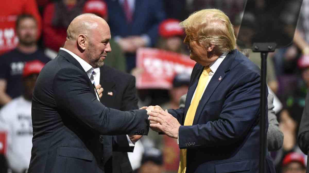 Dana White con Donald Trump. (AFP)