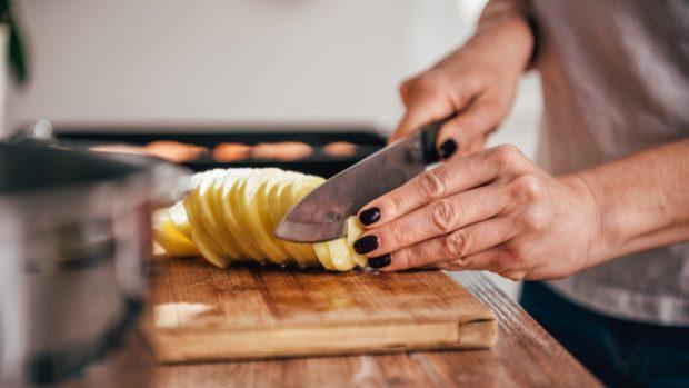 Cómo cocer patatas al microondas y conseguir que queden perfectas