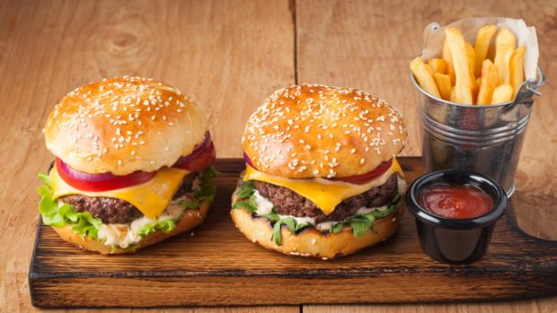 4 recetas de hamburguesas gourmet para darse un capricho en casa