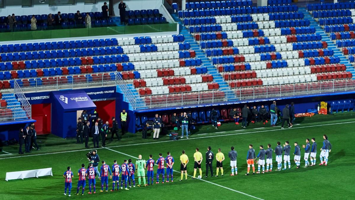 Imagen del Eibar – Real Sociedad, último partido disputado en España, ya a puerta cerrada (Getty).