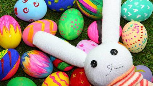 Pasos para hacer un conejo de Pascua con un calcetín
