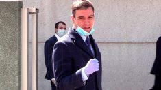Llegada del Presidente del Gobierno a la empresa que fabrica respiradores en Móstoles. (Francisco Toledo)