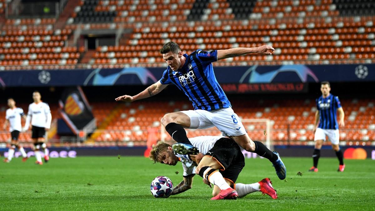 Imagen del Valencia-Atalanta, de Champions, jugado a puerta cerrada por el coronavirus(AFP).