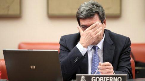 José Luis Escrivá, ministro de Inclusión, Migraciones y Pensiones, durante una comparecencia en el Congreso.