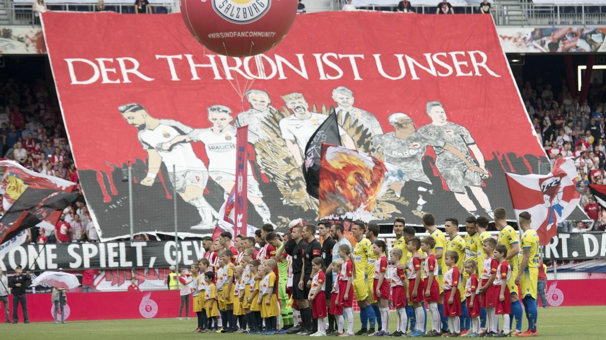 El Red Bull Salzburgo antes de un partido en la Bundesliga austríaca. (Getty)