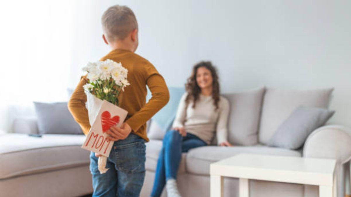 Pasos para hacer una tarjeta para el día de la madre 2020