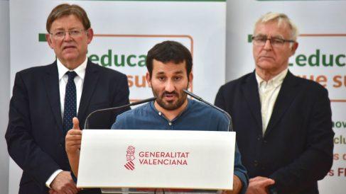 El presidente de la Generalitat Valenciana Ximo Puig; el consejero de Educación de la Generalitat Valenciana, Vicent Marzà; y el alcalde de Valencia, Joan Ribó. (Foto: Europa Press)