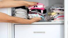 Aprende de qué modo puedes organizar el armario de los niños para esta próxima temporada de verano