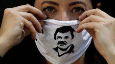 Una mascarilla con la efigie del Chapo Guzmán.