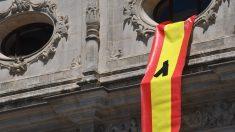Homenaje del PP en Sevilla a las víctimas del coronavirus.