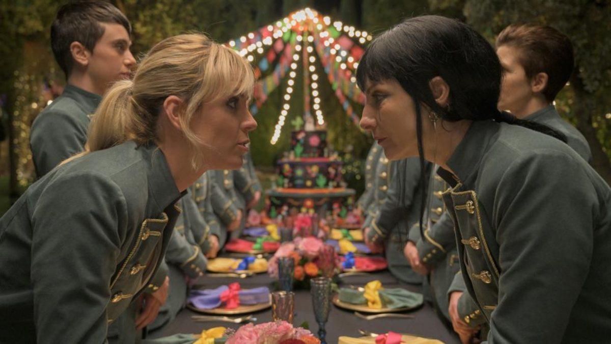 Maca y Zulema en 'Vis a Vis: El Oasis'