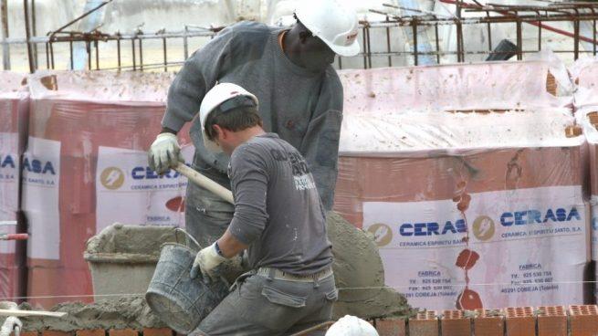 La crisis del coronavirus destruye 174.877 empleos de extranjeros en la segunda mitad de marzo