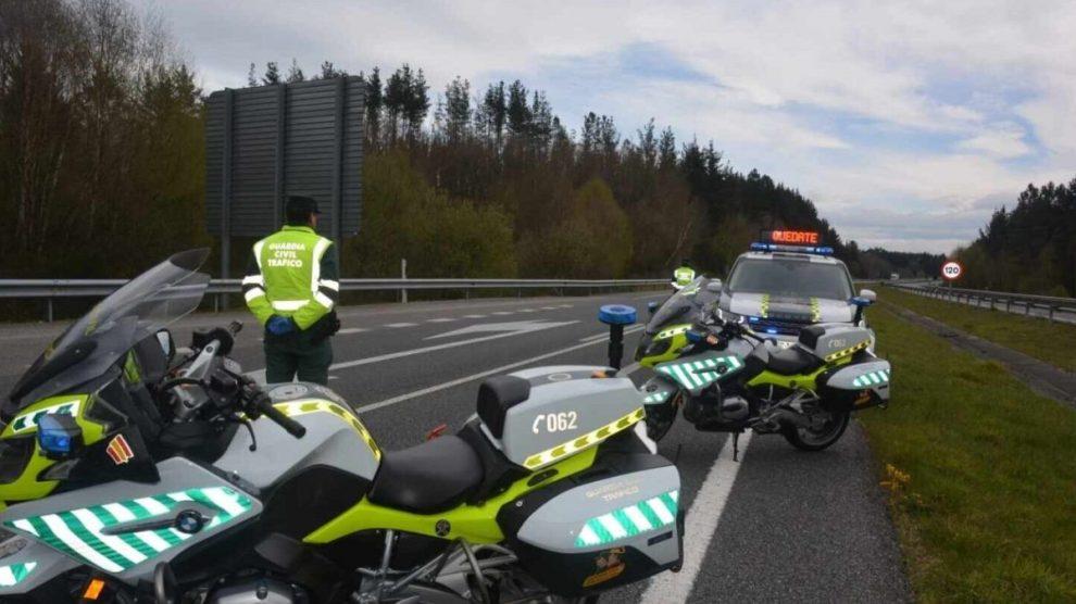 Control de la Guardia Civil. (Foto: EP)