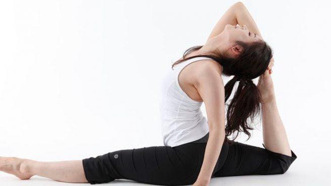 Cinco Posturas Faciles De Yoga Para Practicar En Casa
