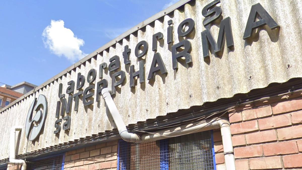 Sede de los laboratorios InterPharma, la empresa que compró test defectuosos, en Santa Coloma de Gramanet, Barcelona. (Foto: GM)