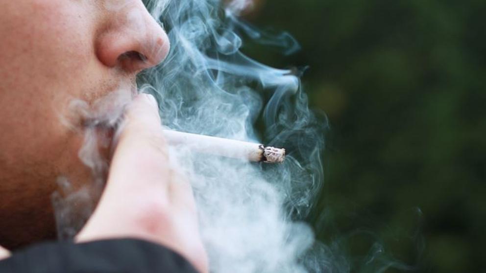 Los fumadores, mayor riesgo de infectarse por coronavirus