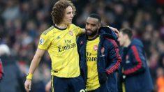 David Luiz y Alexandre Lacazette tras un partido con el Arsenal. (Getty)