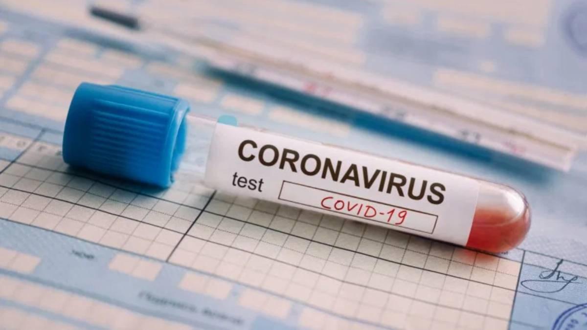 Los funcionarios de prisiones acusan al Gobierno de negarles los test de coronavirus.