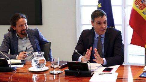 Pablo Iglesias y Pedro Sánchez. (Foto: Moncloa)