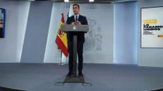 Pedro Sánchez en La Moncloa. (Foto: Pool)
