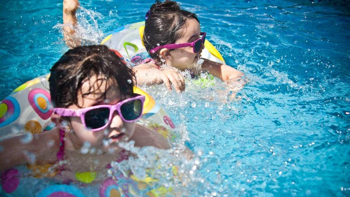 La piscina es la vía de escape de los madrileños para combatir el calor