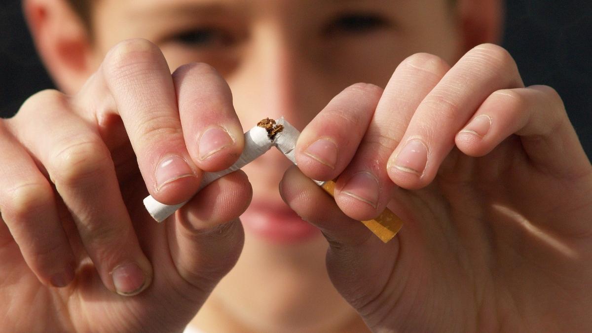 Consejos para las manchas en dientes del tabaco