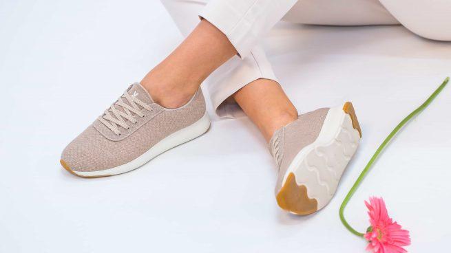 Yuccs, las zapatillas españolas más cómodas que obsesionan a las madres (incluso tienen lista de espera)