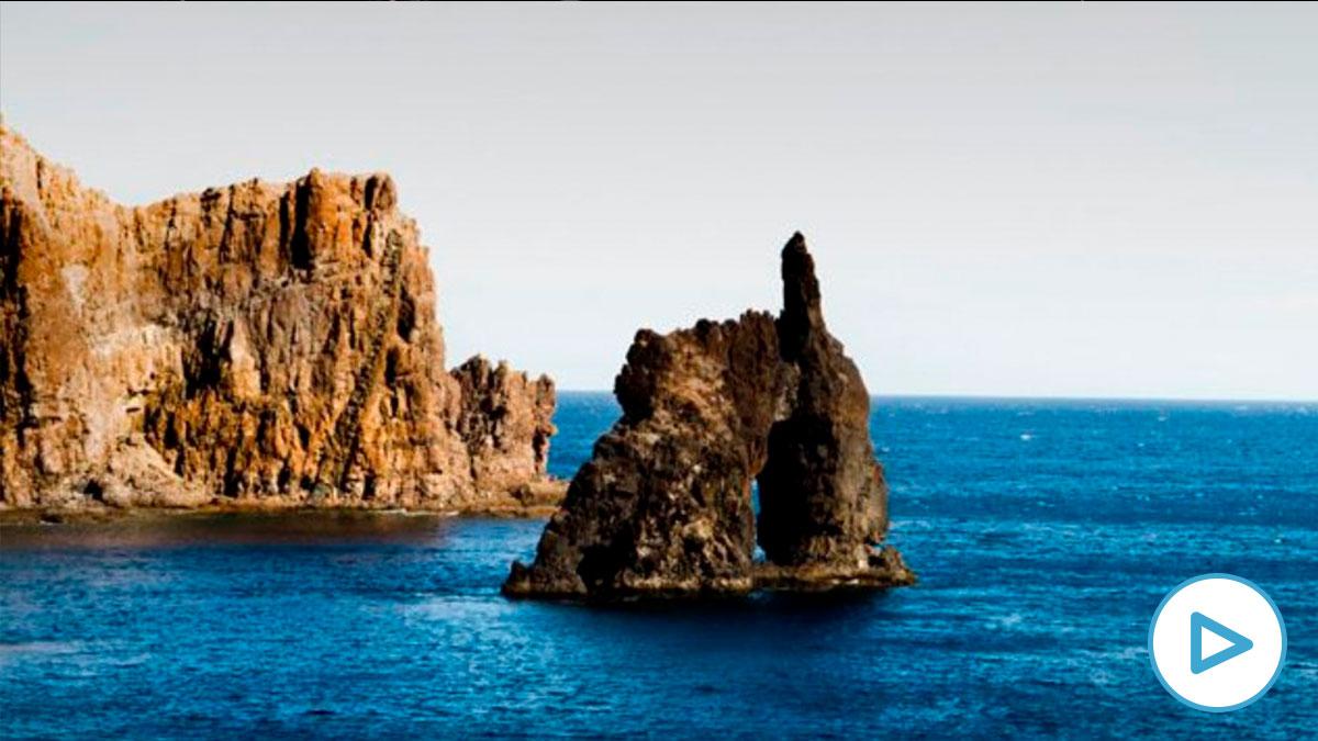 El Hierro es la isla más pequeña de las Canarias.