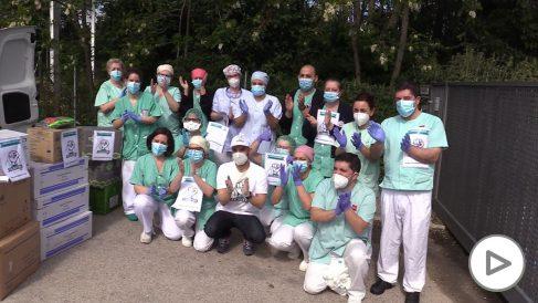 La ONG Covid Fighters entrega material a una de las residencias más afectadas por el coronavirus