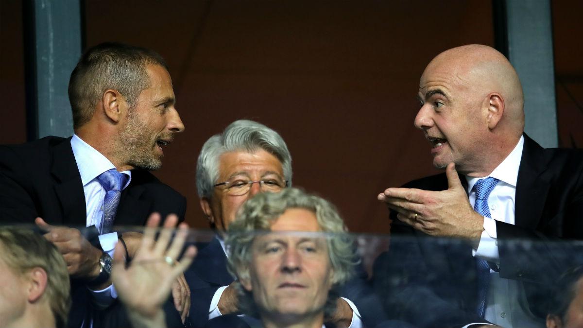 Aleksander Ceferin y Gianni Infantino. (Getty)