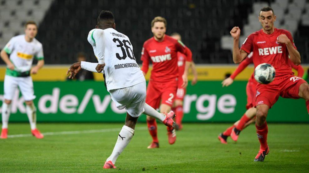 Imagen del Monchengladbach – Colonia, de la Bundesliga (AFP).