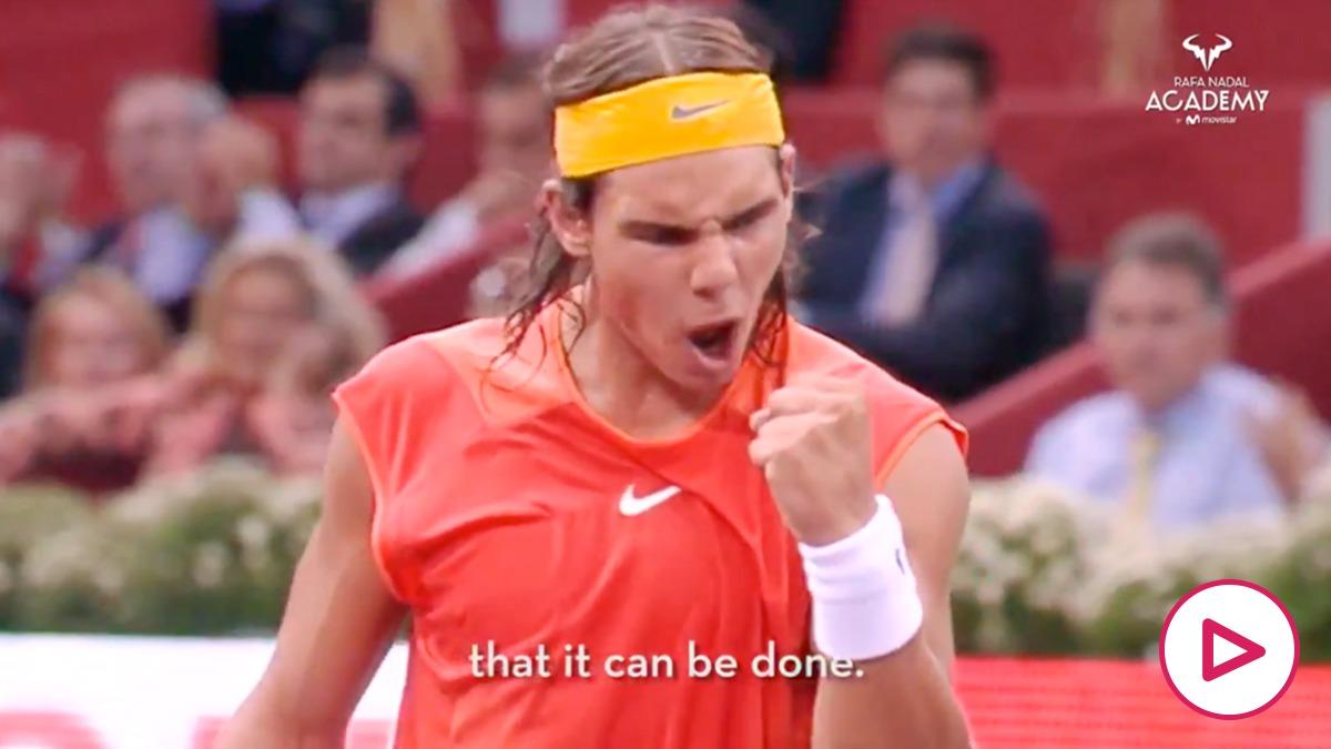 Rafa Nadal celebra un punto con la selección española.