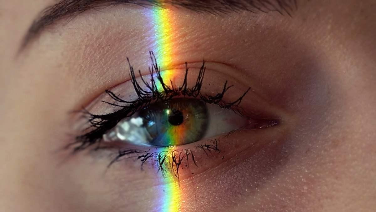 Se autolimpia el ojo