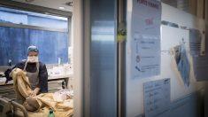 Tratamientos contra el coronavirus en un hospital de Francia (Foto: AFP)