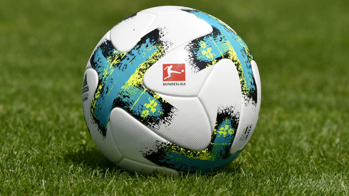 El balón de la Bundesliga. (AFP)