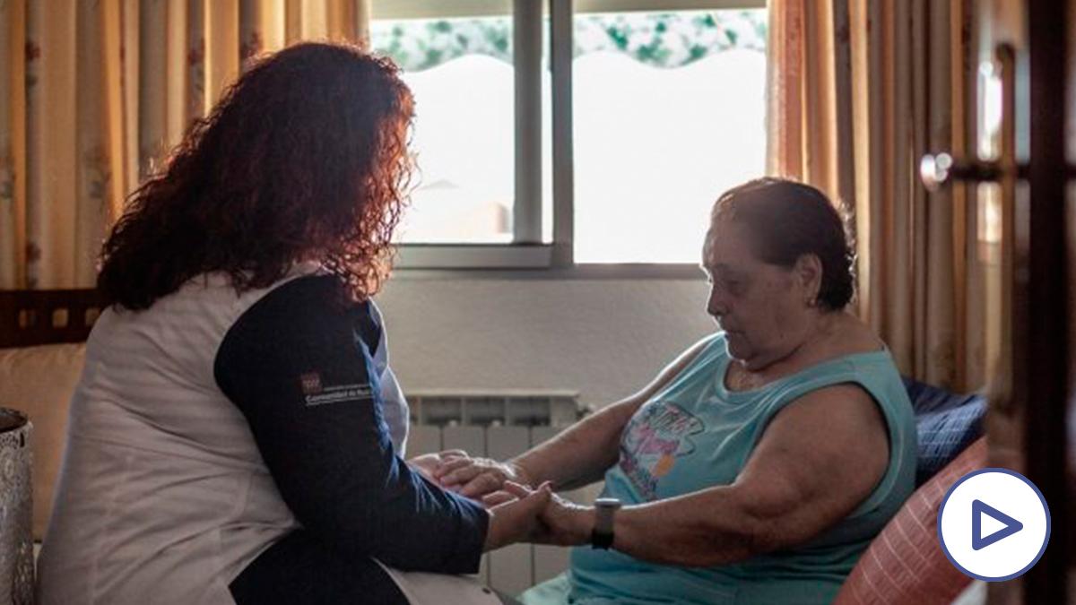 Imagen de archivo de una empleada del hogar (Europa Press)