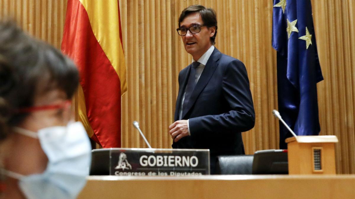El ministro de Sanidad, Salvador Illa, en la Comisión del ramo en el Congreso. (Foto: EFE)
