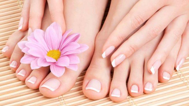 blanquear las uñas de los pies