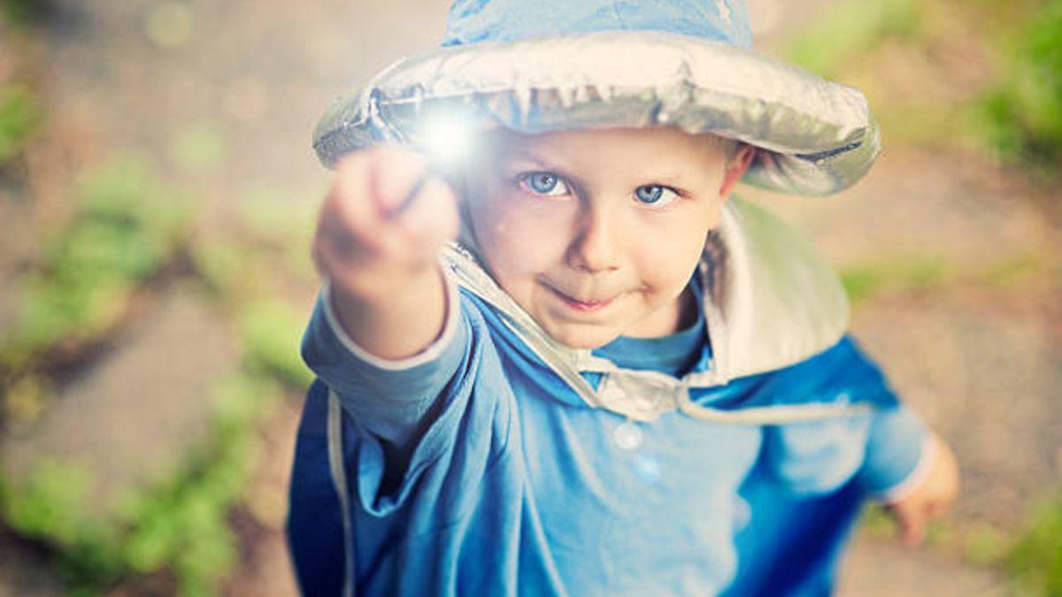 Cómo hacer una varita mágica para los niños