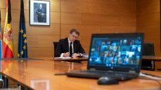 El presidente de la Xunta, Alberto Núñez Feijóo, en la novena videoconferencia con el presidente del Gobierno, Pedro Sánchez, y el resto de líderes autonómicos.  (Xunta)