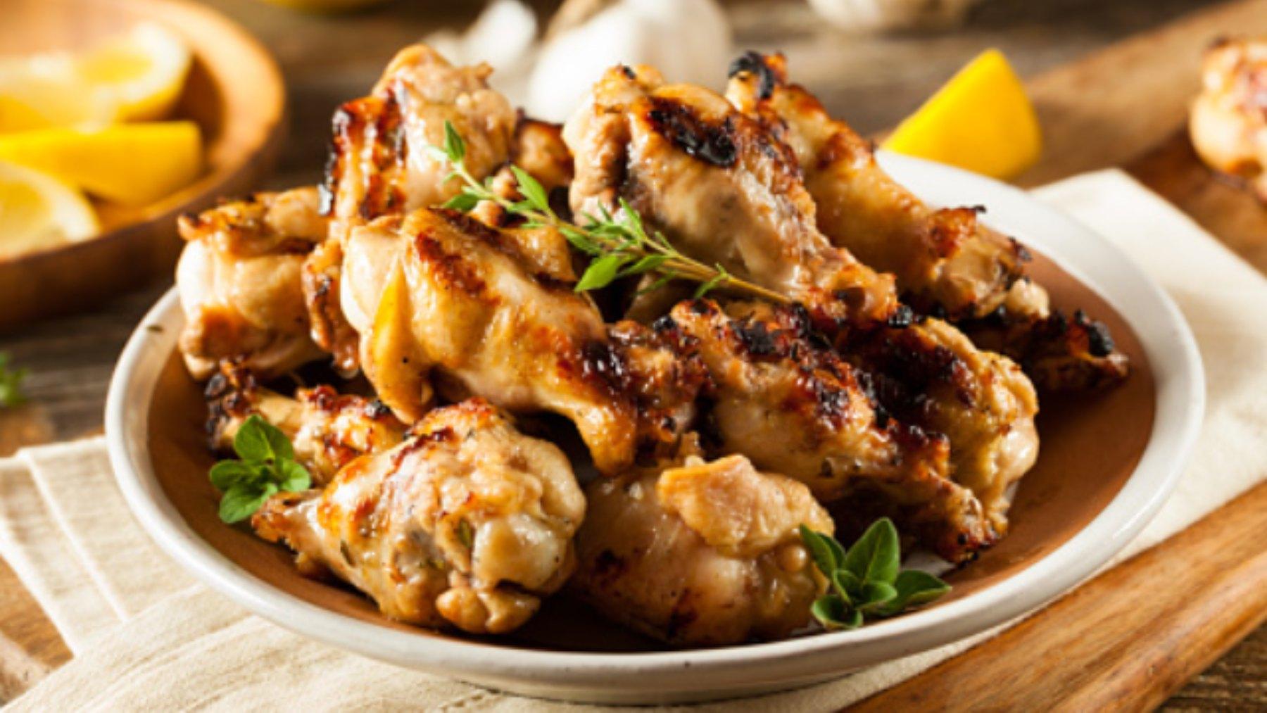 Alitas de pollo asadas al horno: una recetas increíble y fácil
