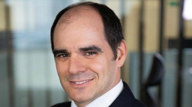 Santander 'ficha' a un banquero de HSBC para liderar su negocio en Europa