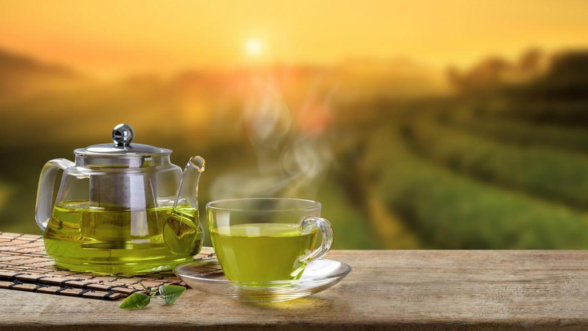 El té verde es un excelente ingrediente para tratar los ojos