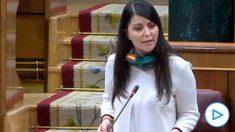 La diputada de Vox Macarena Olona en una pregunta al ministro Illa este miércoles en el Congreso.