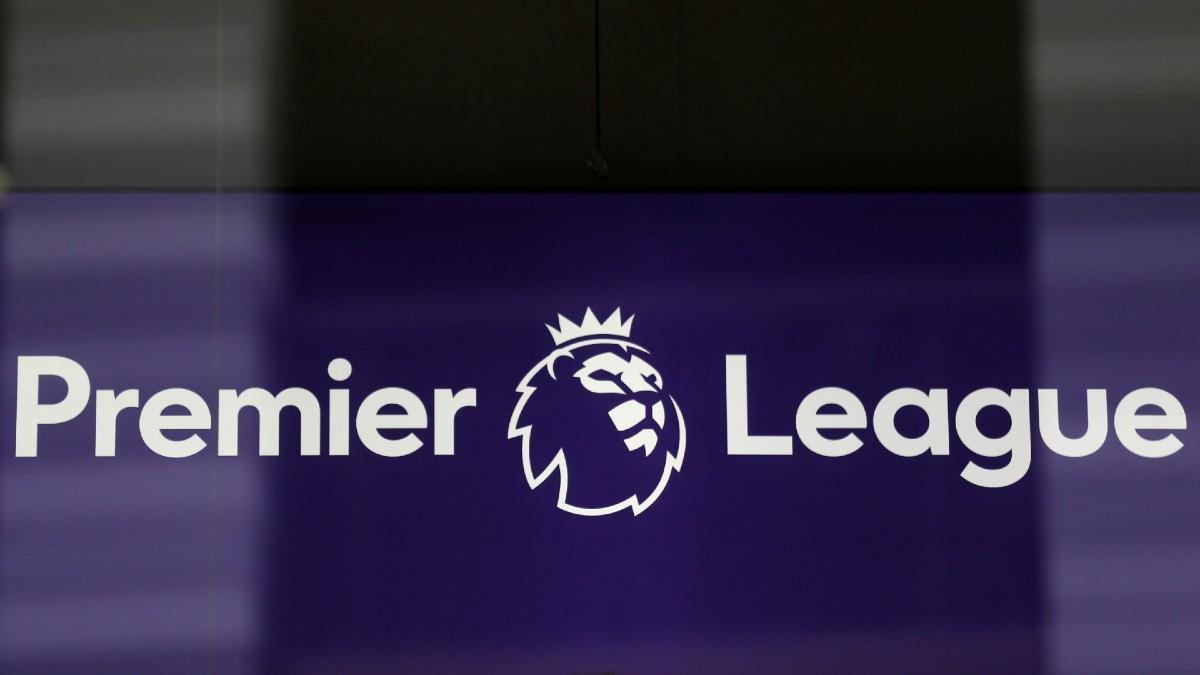 La Premier League sigue sin fecha de vuelta, mientras la segunda división inglesa quiere volver el 6 de junio (AFP).
