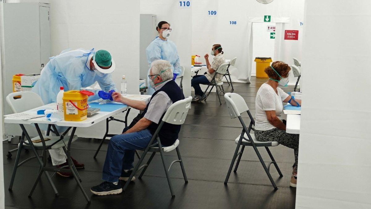 Test de seroprevalencia en el hospital de campaña de Alicante. Foto: EP