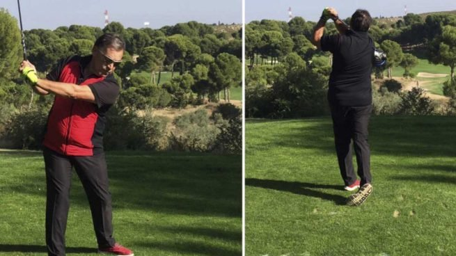 El padre de Pablo Echenique jugando al golf.